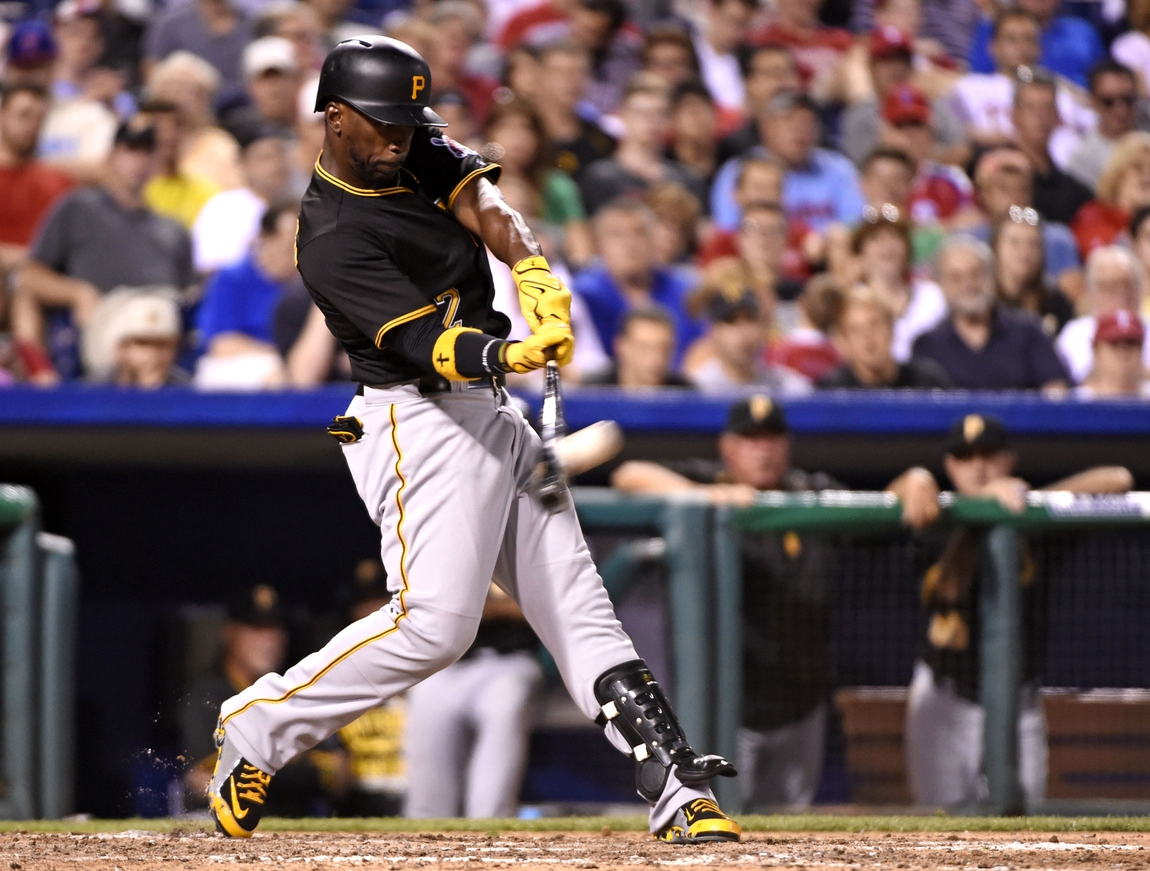 7ee20ca6811 Pete Rose helps Andrew McCutchen out of hitting slump