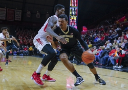 Wake Forest Demon Deacons vs. Arkansas Razorbacks - 12/4/15 College Basketball Pick, Odds, and Prediction