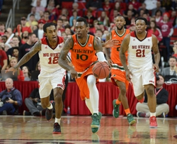 Miami Hurricanes vs. Notre Dame Fighting Irish - 2/3/16 College Basketball Pick, Odds, and Prediction