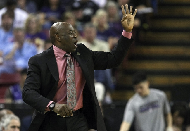 April 10, 2013; Sacramento, CA, USA; Sacramento Kings head coach Keith Smart calls out to his players against the New Orleans Hornets during the third quarter at Sleep Train Arena. The Sacramento Kings defeated the New Orleans Hornets 121-110. Mandatory Credit: Kelley L Cox-USA TODAY Sports
