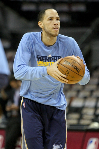 May 19, 2013; San Antonio, TX, USA; Memphis Grizzlies small forward Tayshaun Prince (21) warms up before game one of the Western Conference finals of the 2013 NBA Playoffs against the San Antonio Spurs at AT&T Center. Mandatory Credit: Troy Taormina-USA TODAY Sports