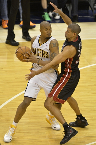 May 26, 2013; Indianapolis, IN, USA; Miami Heat small forward Shane Battier (31) defends Indiana Pacers power forward David West (21) during the fourth quarter in game three of the Eastern Conference finals of the 2013 NBA Playoffs at Bankers Life Fieldhouse. Miami defeated Indiana 114-96.  Mandatory Credit: Jamie Rhodes-USA TODAY Sports