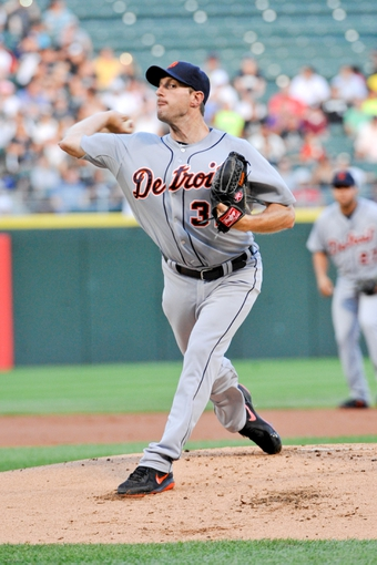 Jul 22, 2013; Chicago, IL, USA; Detroit Tigers starting pitcher Max Scherzer (37) pitches against the Chicago White Sox during the first inning at U.S. Cellular Field. Mandatory Credit: David Banks-USA TODAY Sports