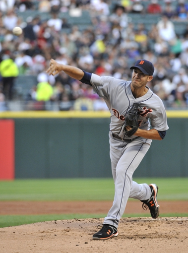 Jul 23, 2013; Chicago, IL, USA; Detroit Tigers starting pitcher Rick Porcello (21) pitches against the Chicago White Sox during the first inning at U.S Cellular Field. Mandatory Credit: David Banks-USA TODAY Sports