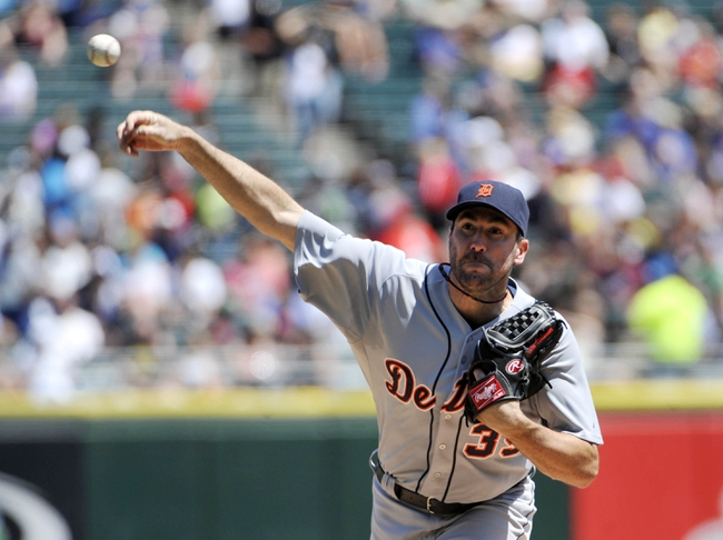 Jul 25, 2013; Chicago, IL, USA; Detroit Tigers starting pitcher Justin Verlander (35) pitches against the Chicago White Sox during the second inning at U.S. Cellular Field. Mandatory Credit: David Banks-USA TODAY Sports