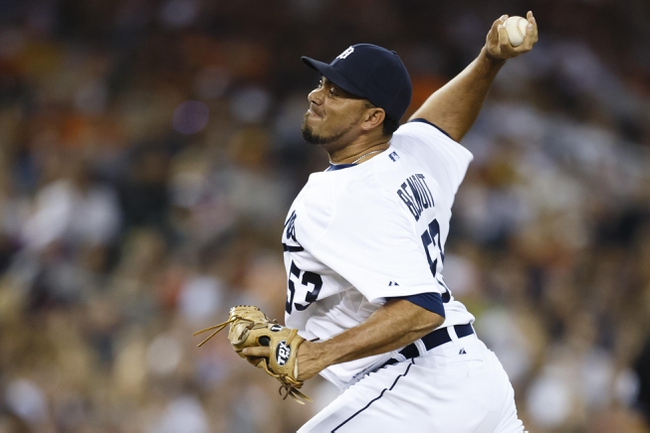 Aug 3, 2013; Detroit, MI, USA; Detroit Tigers relief pitcher Joaquin Benoit (53) pitches in the ninth inning against the Chicago White Sox at Comerica Park. Detroit won 3-0. Mandatory Credit: Rick Osentoski-USA TODAY Sports