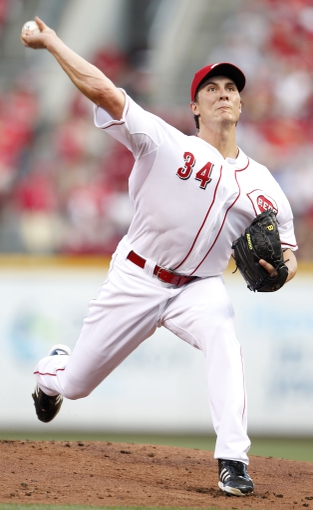 Aug 23, 2013; Cincinnati, OH, USA; Cincinnati Reds starting pitcher Homer Bailey (34) pitches during the first inning against the Milwaukee Brewers at Great American Ball Park. Mandatory Credit: Frank Victores-USA TODAY Sports