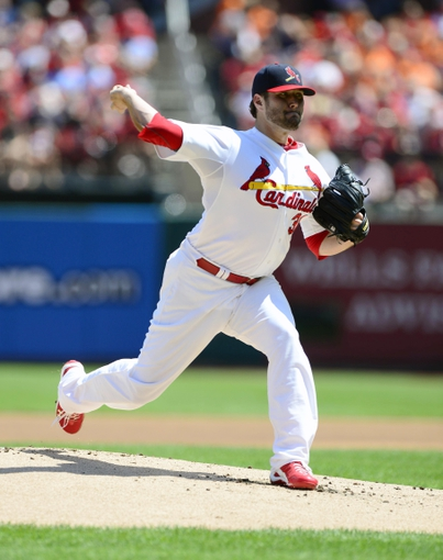 Aug 25, 2013; St. Louis, MO, USA; St. Louis Cardinals starting pitcher Lance Lynn (31) throws to a Atlanta Braves batter during the first inning at Busch Stadium. Mandatory Credit: Jeff Curry-USA TODAY Sports