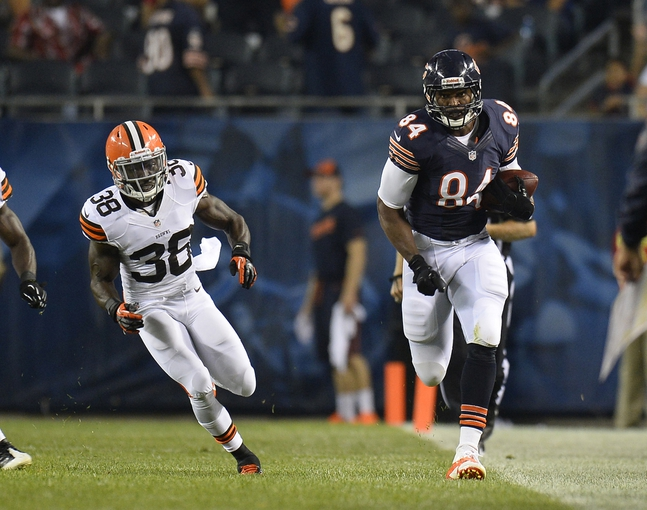 Aug 29, 2013; Chicago, IL, USA; Chicago Bears tight end Fendi Onobun (84) makes a catch against the Cleveland Browns during the fourth quarter at Soldier Field. The Cleveland Browns defeat the Chicago Bears 18-16. Mandatory Credit: Mike DiNovo-USA TODAY Sports