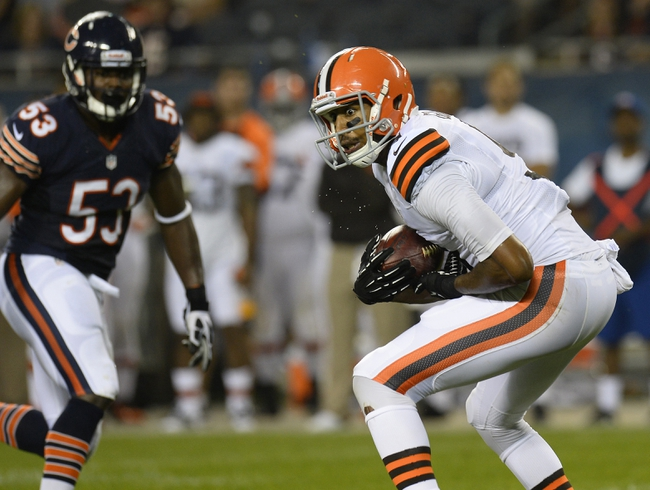 Aug 29, 2013; Chicago, IL, USA; Cleveland Browns wide receiver Tori Gurley (9) makes a catch against the Chicago Bears during the fourth quarter at Soldier Field. The Cleveland Browns defeat the Chicago Bears 18-16. Mandatory Credit: Mike DiNovo-USA TODAY Sports