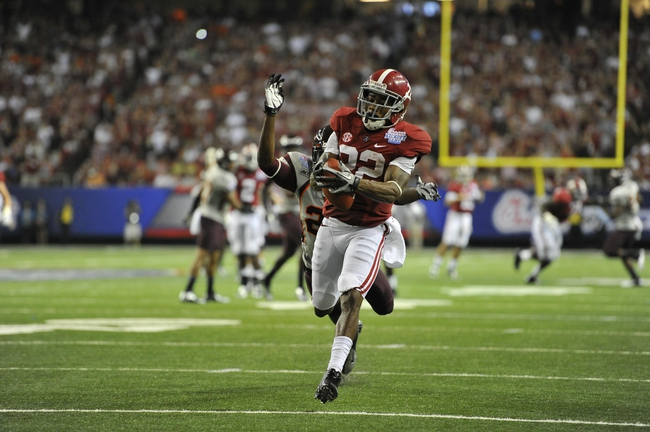 Aug 31, 2013; Atlanta, GA, USA; Alabama Crimson Tide wide receiver Christion Jones (22) makes a catch for a touchdown against the Virginia Tech Hokies during the third quarter of the 2013 Chick-fil-A Kickoff game at the Georgia Dome. Mandatory Credit: Paul Abell-USA TODAY Sports