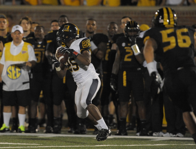 Aug 31, 2013; Columbia, MO, USA; Murray State Racers wide receiver Paul Rice (25) catches a pass for short yardage during the second half of the game against the Murray State Racers at Faurot Field. Missouri won 58-14. Mandatory Credit: Denny Medley-USA TODAY Sports