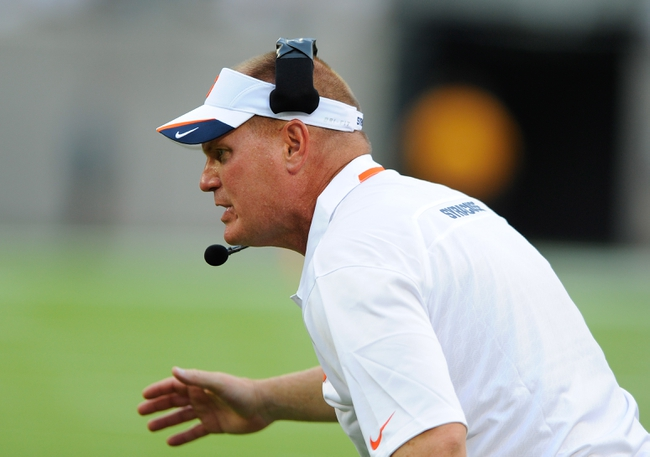 Aug 31, 2013; East Rutherford, NJ, USA; Syracuse Orange head coach Scott Shafer reacts on the sidelines during the third quarter against the Penn State Nittany Lions at MetLife Stadium.  Penn State defeated Syracuse 23-17.  Mandatory Credit: Rich Barnes-USA TODAY Sports