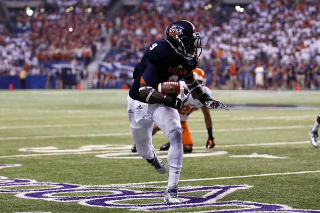 Sep 7, 2013; San Antonio, TX, USA; Texas-San Antonio Roadrunners wide receiver Mack, Marcellus (9) runs after a catch against the Oklahoma State Cowboys during the first half  at Alamodome. Mandatory Credit: Soobum Im-USA TODAY Sports