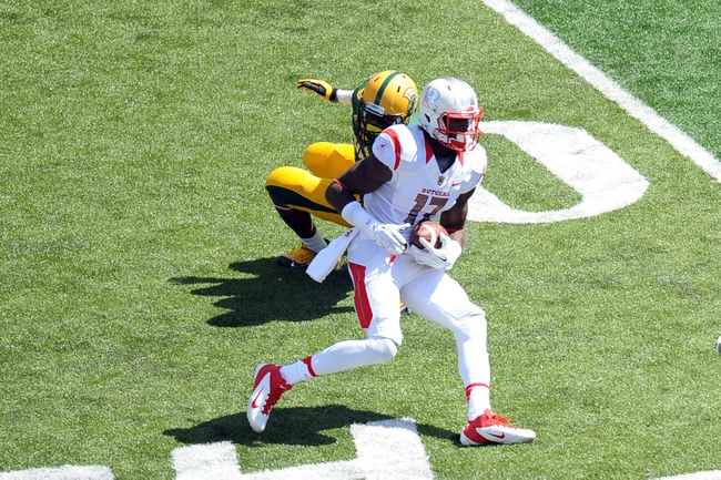 Sep 7, 2013; Piscataway, NJ, USA; Rutgers Scarlet Knights wide receiver Brandon Coleman (17) runs after a catch against the Norfolk State Spartans during the second half at High Point Solutions Stadium. Rutgers won the game 38-0. Mandatory Credit: Joe Camporeale-USA TODAY Sports