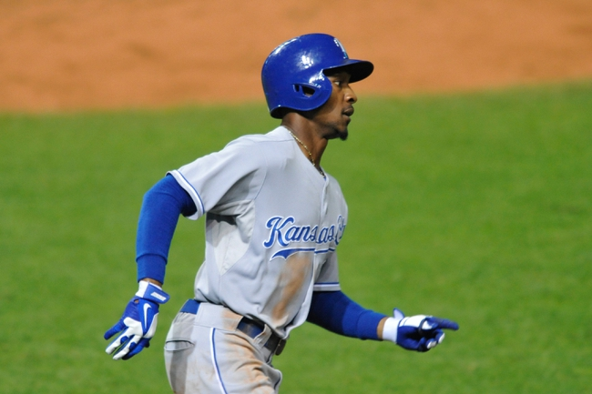 Sep 9, 2013; Cleveland, OH, USA; Kansas City Royals center fielder Jarrod Dyson (1) runs to first base on a single in the fifth inning against the Cleveland Indians at Progressive Field. Mandatory Credit: David Richard-USA TODAY Sports