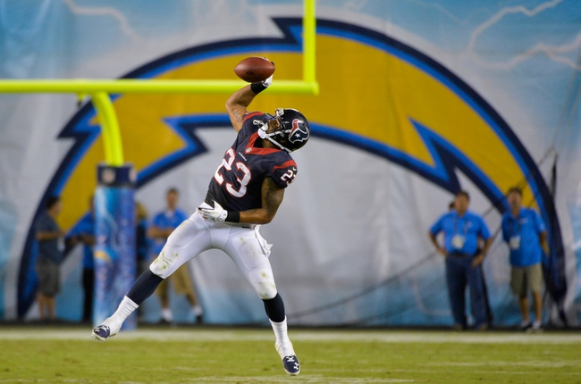 Sep 9, 2013; San Diego, CA, USA; Houston Texans running back Arian Foster (23) makes a one handed catch during second half action against the Chargers at Qualcomm Stadium. Mandatory Credit: Robert Hanashiro-USA TODAY