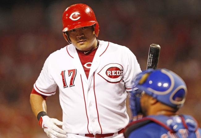 Sep 10, 2013; Cincinnati, OH, USA; Cincinnati Reds center fielder Shin-Soo Choo (17) prepares to bat during the third inning against the Chicago Cubs at Great American Ball Park. Mandatory Credit: Frank Victores-USA TODAY Sports