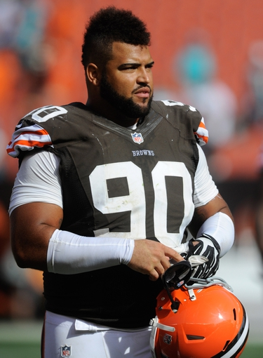 Sep 8, 2013; Cleveland, OH, USA; Cleveland Browns defensive tackle Billy Winn (90) against the Miami Dolphins at FirstEnergy Stadium. Mandatory Credit: Ken Blaze-USA TODAY Sports