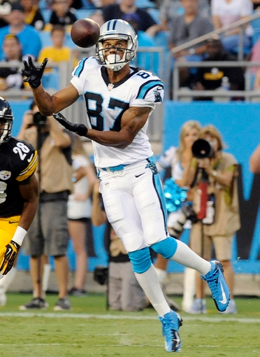 Aug 29, 2013; Charlotte, NC, USA; Carolina Panthers wide receiver Domenik Hixon (87) during the game at Bank Of America Stadium. Mandatory Credit: Sam Sharpe-USA TODAY Sports