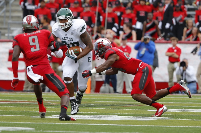 Sep 14, 2013; Piscataway, NJ, USA;  Eastern Michigan Eagles tight end Tyreese Russell (88) turns upfield after reception during the second half against the Rutgers Scarlet Knights at High Points Solutions Stadium. Rutgers Scarlet Knights defeat Eastern Michigan Eagles 28-10. Mandatory Credit: Jim O'Connor-USA TODAY Sports