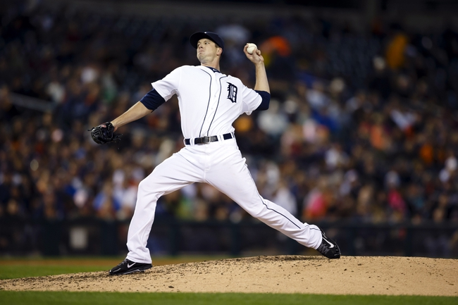 Sep 16, 2013; Detroit, MI, USA; Detroit Tigers relief pitcher Drew Smyly (33) pitches in the eighth inning against the Seattle Mariners at Comerica Park. Mandatory Credit: Rick Osentoski-USA TODAY Sports