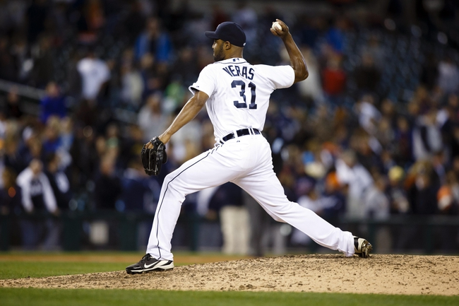Sep 17, 2013; Detroit, MI, USA; Detroit Tigers relief pitcher Jose Veras (31) pitches in the ninth inning against the Seattle Mariners at Comerica Park. Detroit won 6-2. Mandatory Credit: Rick Osentoski-USA TODAY Sports