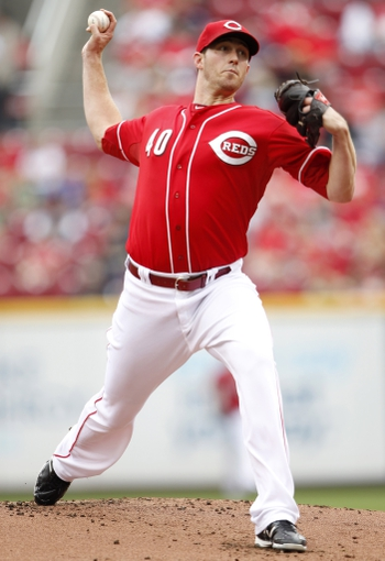 Sep 29, 2013; Cincinnati, OH, USA; Cincinnati Reds starting pitcher Greg Reynolds (40) pitches during the first inning against the Pittsburgh Pirates at Great American Ball Park. Mandatory Credit: Frank Victores-USA TODAY Sports
