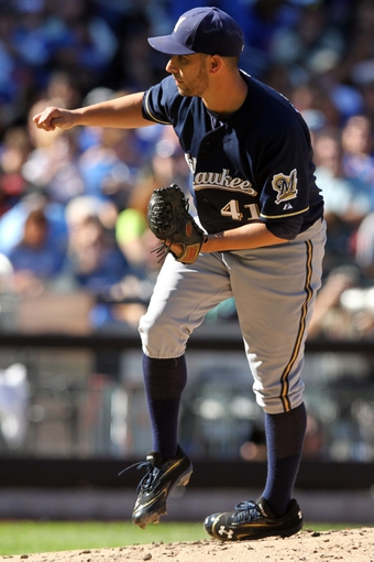 Sep 29, 2013; New York, NY, USA; Milwaukee Brewers starting pitcher Marco Estrada (41) pitches against the Milwaukee Brewers during the second inning of a game at Citi Field. Mandatory Credit: Brad Penner-USA TODAY Sports