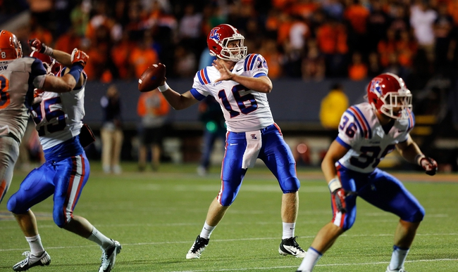 Oct 5, 2013; El Paso, TX, USA; Louisiana Tech Bulldogs Scotty Young (16) drops back for a pass against the UTEP Miners at Sun Bowl Stadium. Mandatory Credit: Ivan Pierre Aguirre-USA TODAY Sports