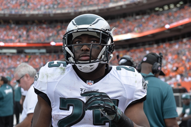 Sep 29, 2013; Denver, CO, USA; Philadelphia Eagles running back LeSean McCoy (25) during the game against the Denver Broncos at Sports Authority Field at Mile High. Mandatory Credit: Ron Chenoy-USA TODAY Sports