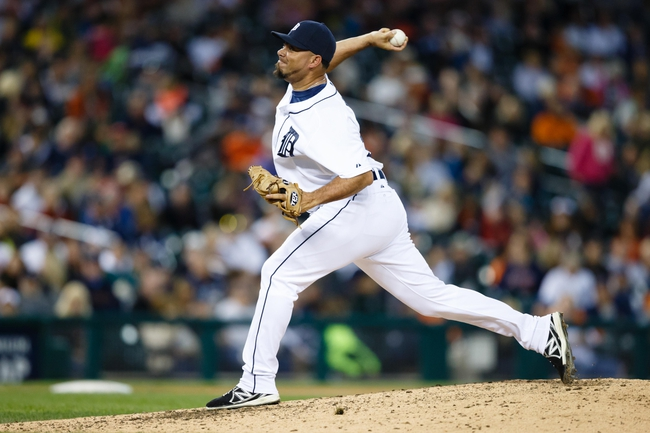 Sep 21, 2013; Detroit, MI, USA; Detroit Tigers relief pitcher Joaquin Benoit (53) pitches in the tenth inning against the Chicago White Sox at Comerica Park. Detroit won 7-6 in twelve innings. Mandatory Credit: Rick Osentoski-USA TODAY Sports