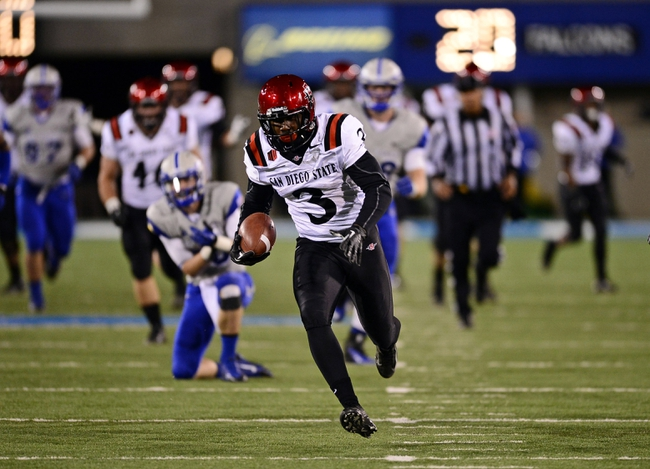 Oct 10, 2013; Colorado Springs, CO, USA; San Diego State Aztecs wide receiver Ezell Ruffin (3) runs for a sixty two yard touchdown in the fourth quarter against the Air Force Falcons at Falcon Stadium. The Aztecs defeated the Falcons 27-20. Mandatory Credit: Ron Chenoy-USA TODAY Sports