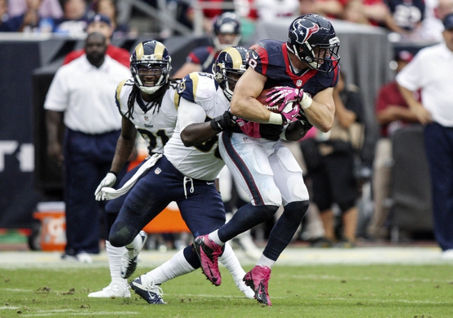 Oct 13, 2013; Houston, TX, USA; Houston Texans tight end Garrett Graham (88) makes a reception during the fourth quarter against the St. Louis Rams at Reliant Stadium. The Rams defeated the Texans 38-13. Mandatory Credit: Troy Taormina-USA TODAY Sports