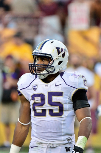 Oct 19, 2013; Tempe, AZ, USA; Washington Huskies running back Bishop Sankey (25) looks on during the second half against the Arizona State Sun Devils at Sun Devil Stadium. Mandatory Credit: Matt Kartozian-USA TODAY Sports