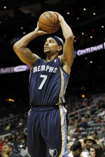 Oct 20, 2013; Atlanta, GA, USA; Memphis Grizzlies point guard Jerryd Bayless (7) shoots the ball against the Atlanta Hawks in the second quarter at Philips Arena. Mandatory Credit: Brett Davis-USA TODAY Sports