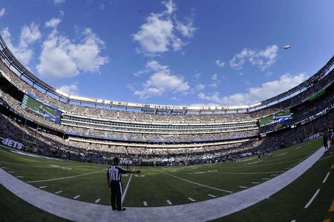 Oct 20, 2013; East Rutherford, NJ, USA; A general view of game action between the New York Jets and New England Patriots during the second half at MetLife Stadium. The Jets won the game 30-27 in overtime. Mandatory Credit: Joe Camporeale-USA TODAY Sports