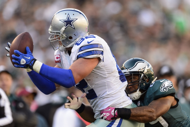 Oct 20, 2013; Philadelphia, PA, USA; Dallas Cowboys tight end Jason Witten (82) makes a catch as Philadelphia Eagles safety Nate Allen (29) defends during the fourth quarter at Lincoln Financial Field. Mandatory Credit: Howard Smith-USA TODAY Sports