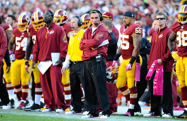 Oct 20, 2013; Landover, MD, USA; Washington Redskins head coach Mike Shanahan on the sidelines against the Chicago Bears during the second half at FedEX Field. Mandatory Credit: Brad Mills-USA TODAY Sports