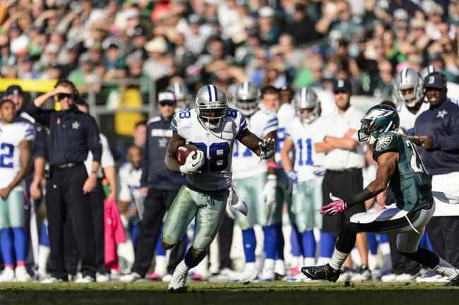 Oct 20, 2013; Philadelphia, PA, USA; Dallas Cowboys wide receiver Dez Bryant (88) carries the ball during the fourth quarter against the Philadelphia Eagles at Lincoln Financial Field. The Cowboys defeated the Eagles 17-3. Mandatory Credit: Howard Smith-USA TODAY Sports