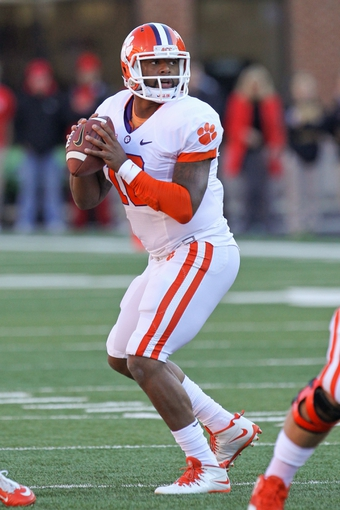Oct 26, 2013; College Park, MD, USA; Clemson Tigers quarterback Tajh Boyd (10) drops back to pass against the Maryland Terrapins at Byrd Stadium. Mandatory Credit: Mitch Stringer-USA TODAY Sports