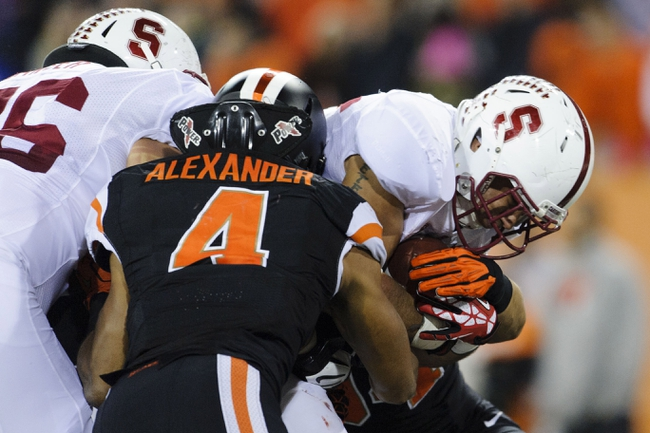 Oct 26, 2013; Corvallis, OR, USA; Stanford Cardinal running back Tyler Gaffney (25) runs the ball in for a touchdown against the Oregon State Beavers at Reser Stadium. Stanford defeated Oregon State 20-12. Mandatory Credit: Steven Bisig-USA TODAY Sports