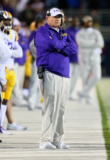 Oct 19, 2013; Oxford, MS, USA; LSU Tigers head coach Les Miles during the game against the Mississippi Rebels at Vaught-Hemingway Stadium. Mississippi Rebels defeat the LSU Tigers 27-24.  Mandatory Credit: Spruce Derden-USA TODAY Sports