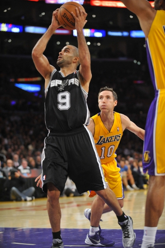November 1, 2013; Los Angeles, CA, USA; San Antonio Spurs against the Los Angeles Lakers during the second half at Staples Center. Mandatory Credit: Gary A. Vasquez-USA TODAY Sports