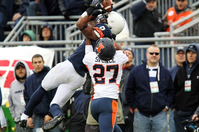 Nov 2, 2013; University Park, PA, USA; Penn State Nittany Lions wide receiver Allen Robinson (8) makes a catch during the fourth quarter against the Illinois Fighting Illini at Beaver Stadium. Penn State defeated Illinois 24-17. Mandatory Credit: Matthew O'Haren-USA TODAY Sports