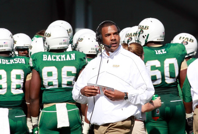 Nov 2, 2013; Birmingham, AL, USA;  UAB Blazers head coach Garrick McGee during the game against Middle Tennessee State Blue Raiders at Legion Field. The Blue Raiders defeat the Blazers 24-21. Mandatory Credit: Marvin Gentry-USA TODAY Sports