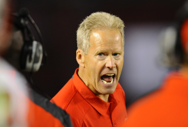 Nov 2, 2013; San Diego, CA, USA; New Mexico Lobos head coach Bob Davie yells on the sidelines during the second half against the San Diego State Aztecs at Qualcomm Stadium. Mandatory Credit: Christopher Hanewinckel-USA TODAY Sports