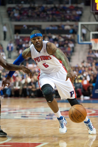 Oct 30, 2013; Auburn Hills, MI, USA; Detroit Pistons small forward Josh Smith (6) during the fourth quarter against the Washington Wizards at The Palace of Auburn Hills. Pistons won 113-102. Mandatory Credit: Tim Fuller-USA TODAY Sports