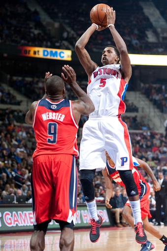 Oct 30, 2013; Auburn Hills, MI, USA; Washington Wizards small forward Martell Webster (9) attempts to block Detroit Pistons shooting guard Kentavious Caldwell-Pope (5) during the fourth quarter at The Palace of Auburn Hills. Pistons won 113-102. Mandatory Credit: Tim Fuller-USA TODAY Sports