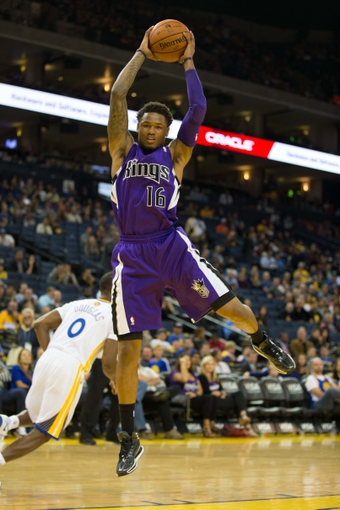 Nov 2, 2013; Oakland, CA, USA; Sacramento Kings shooting guard Ben McLemore (16) pulls in a rebound against the Golden State Warriors during the fourth quarter at Oracle Arena. The Golden State Warriors defeated the Sacramento Kings 98-87. Mandatory Credit: Kelley L Cox-USA TODAY Sports